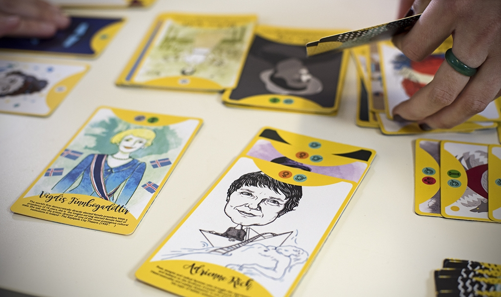 "Social card game ""Fierce Women"""